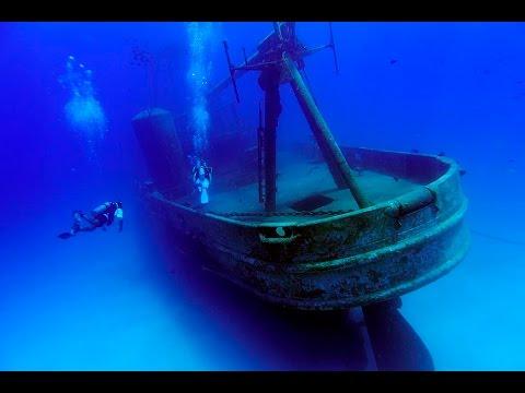 Diving USS KITTIWAKE wreck - Grand Cayman Island