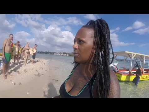 Jamaica Vlog S1E15 naked snorkeling