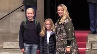 Oranjes vieren 80ste verjaardag Prinses Beatrix