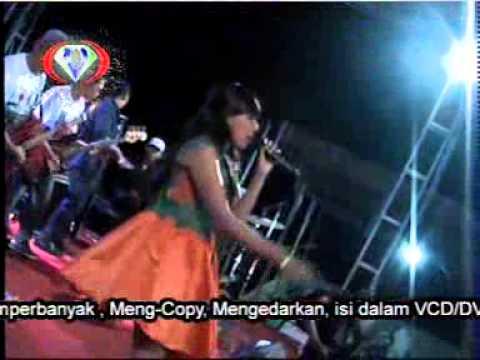 Morena - Elsa Safira - Wong Jowo Live Dawar Blandong New 2015
