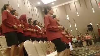 Koor Wisuda STIE Oemathonis Kupang 2018 Lagu Manalolo Banda