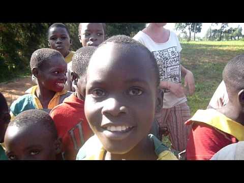 Song in Swahili - at primary school of Luanda (kenya)