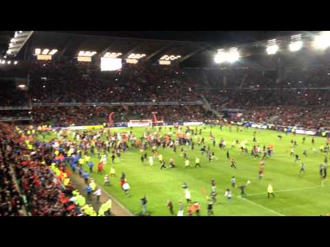 Stade rennais - Lille : les Rennais saluent leurs supporters from YouTube · Duration:  22 seconds