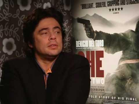 Why did Benicio del Toro walk out of Che interview?