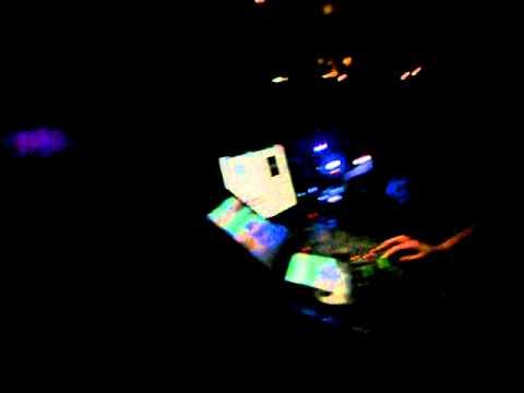 SCNTST playing Handbreakes (Mr. Oizo &...