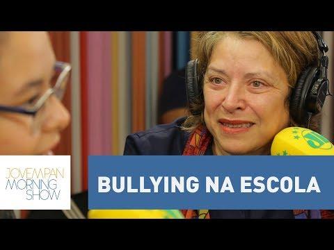 Escritora Ana Beatriz Brandão Conta Sobre Sua Experiência Com O Bullying Na Escola