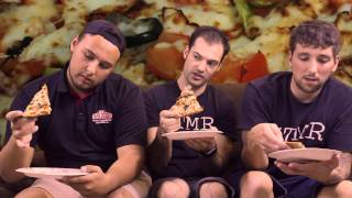 Papa John's Grilled Chicken And Veggie Lighter Pizza - The Two Minute Reviews - Ep. 590 #tmr