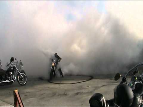 Harley Davidson V-Rod Burnout