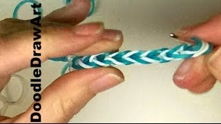 Craft:  How to make a fishtail elastic bracelet using a crochet hook. [HD]