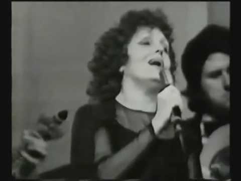 Aie mourir pour toi - Amalia Rodrigues  (Roménia . 1976)