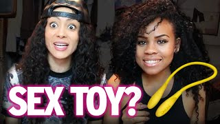 Repeat youtube video Lesbians & Gays Play Guess The Sex Toy!