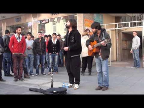 Sokak Konseri , Karanfil Sokak Kızılay'da  Koray Avcı Keyfi
