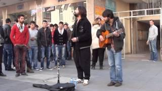 Sokak Konseri , Karanfil Sokak Kızılay'da  Koray Avcı Keyfi Video