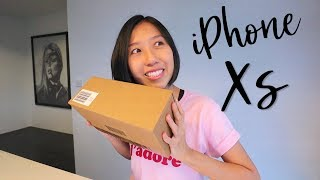 Gambar cover Apple iPhone XS Unboxing - Apple Store Singapore