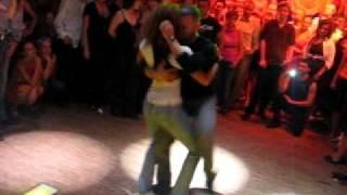 Видео: Bachata by Tanja (La Alemana) and Jorge (Ataca), Bachaturo Festival, Warsaw ©