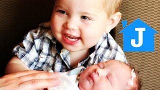 Video Caleb(1 years old) Meets NEWBORN BABY SISTER for the FIRST TIME! download MP3, 3GP, MP4, WEBM, AVI, FLV Mei 2018