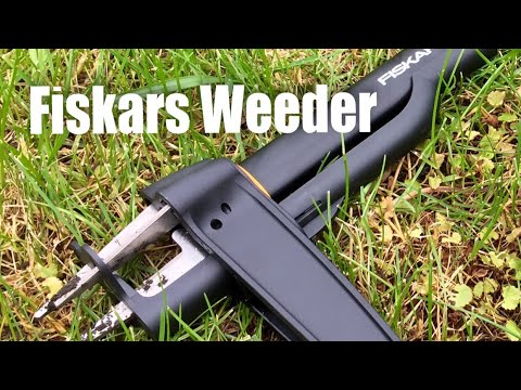 Fiskars Deluxe stand-up dandelion removal and weeder lawn tool (4-claw)