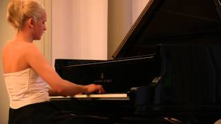 Aleksandra Mikulska plays Chopin - Nocturne in E-flat major, Op. 9, No. 2