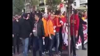 جماهير غلطة سراي التركي في مدريد يرددون: المسلمون ليسوا إرهابيين