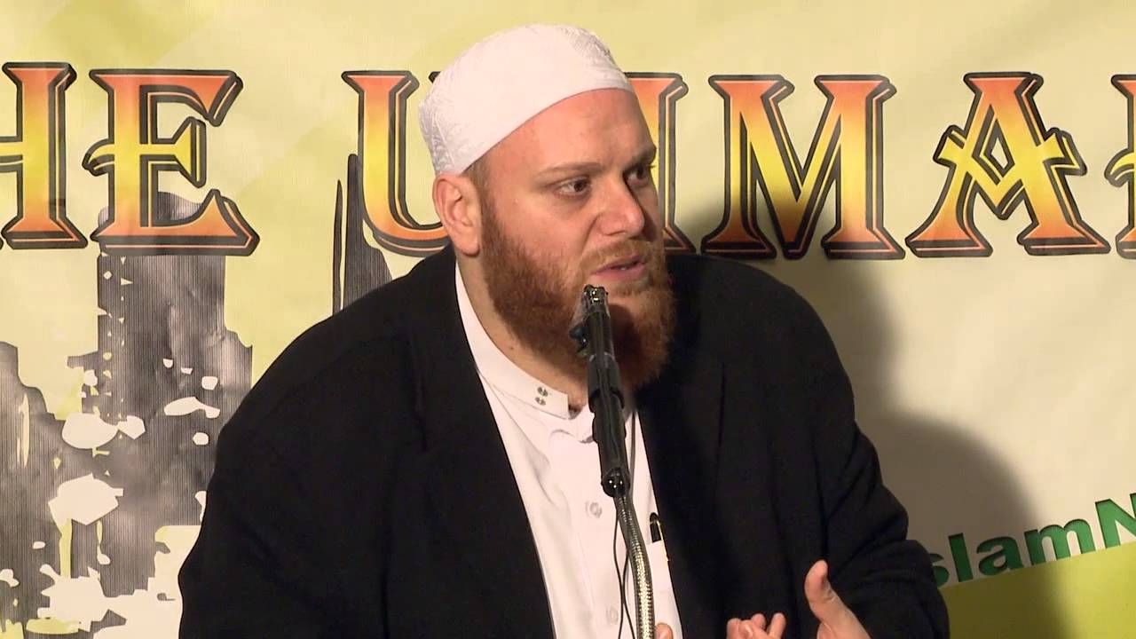 Is it Haram to be around smokers and drinkers? - Q&A - Sh. Shady Alsuleiman