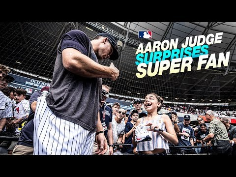 Yankees' Aaron Judge Surprises Fans In London!