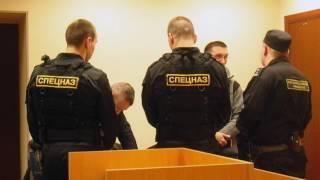 Перепалка адвоката и спецназа в Мировом суде Москвы
