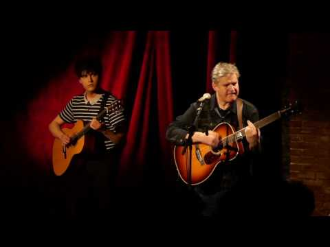 "Lloyd Cole ""Charlotte Street"" live à la Maroquinerie Paris 15/03/2017 (with William Cole)"