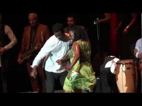 Sharon Jones & The Dap-Kings - Be Easy (Live @ La Cigale, Paris) [2012-03-12].
