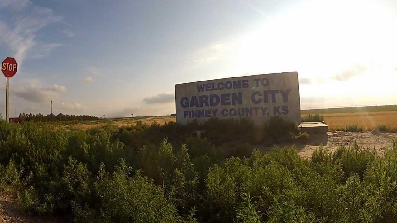 Garden City, KS - Travis Young Photography - YouTube