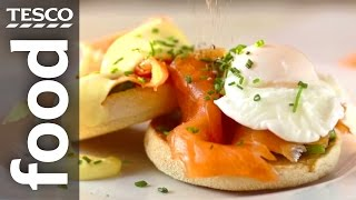 How to Make Eggs Benedict with Smoked Salmon and Spinach | Tesco Food