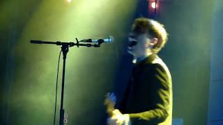 Franz Ferdinand - Tell Her Tonight live Badalona