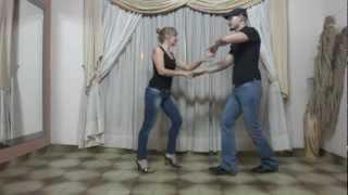 Aprende a bailar Salsa - Episodio 3.3 - Combinacion de Vueltas a Manos Cruzadas (Parte 2)
