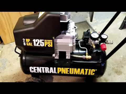 central-pneumatic-8-gal-oil-lube-air-compressor-unbox/review