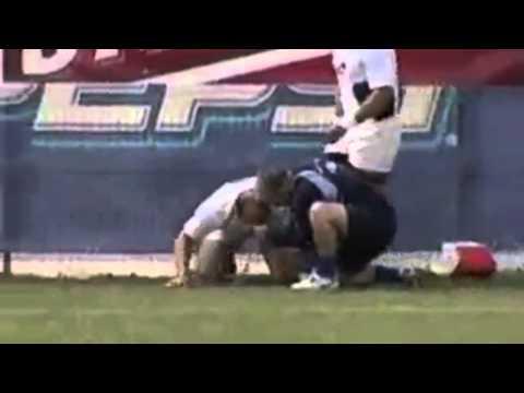 Bataie la rugby(cu muzica)