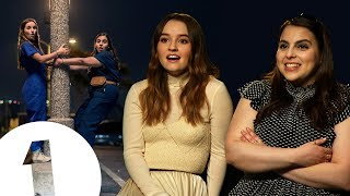 """Download """"Well... I got it!"""" Booksmart's Kaitlyn Dever & Beanie Feldstein on silent dancing and Lisa Kudrow Mp3 and Videos"""