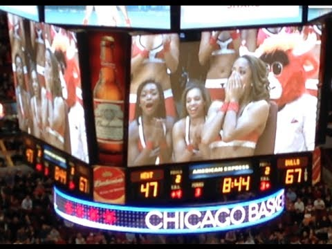 Luvabull marriage proposal at Bulls-Heat game at United Center