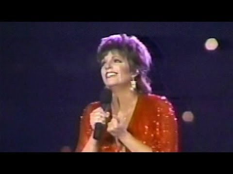 Liza Belts Out the Ultimate Performance of 'New York, New York' [REMASTERED 2013]