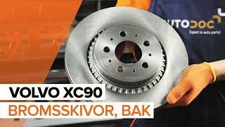 Hur byter man Bromsklotsar VOLVO XC90 I - online gratis video