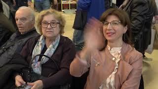 Festa della mamma, flash mob al centro commerciale. Al piano Orazio Saracino