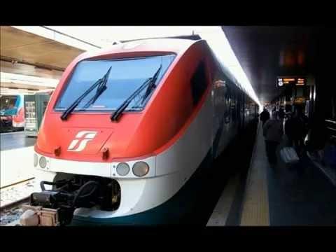Annunci Trenitalia dalla stazione di Roma Termini