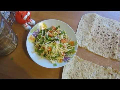 Видео-рецепт Конвертики из армянского лаваша (сытно)