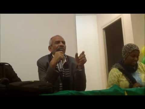 (Source AJMF) مداخلة الأديب محمد هدار خلال الحفل الذي نظمته جمعية الشباب الموريتاني بفرنسا