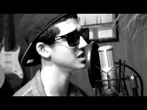 Drake - Cameras / Good Ones Go Cover by Vic Rose
