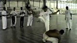 "Capoeira  - Max ""Siri"" X ""BATIBOLA"" e MAX ""SIRI"" X Mestre ""MAMUTE"""