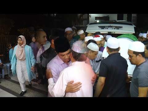 Family and friends pay respect to late Seri Setia rep Dr Shaharuddin Badaruddin