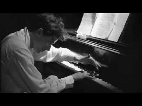 *Rare* Glenn Gould practicing piano at home