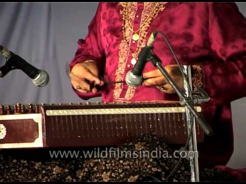 Pandit Shiv Kumar Sharma playing Santoor