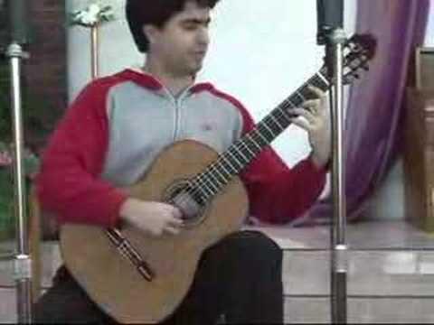Rafael Aguirre  Plays Serenata Espanol