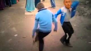 Путин и Кадыров танцуют лезгинку без Медведева Putin and Kadyrov dancing lezginka without Medvedev(МИСС МИРА-2015: ПРОГОЛОСУЙТЕ ЗА РОССИЮ: http://hainanwel.com/ru/miss-world-2015.html., 2014-02-26T06:43:34.000Z)