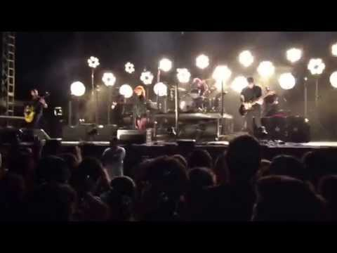 Beale Street Music Festival 2015: Paramore- (One of Those) Crazy Girls